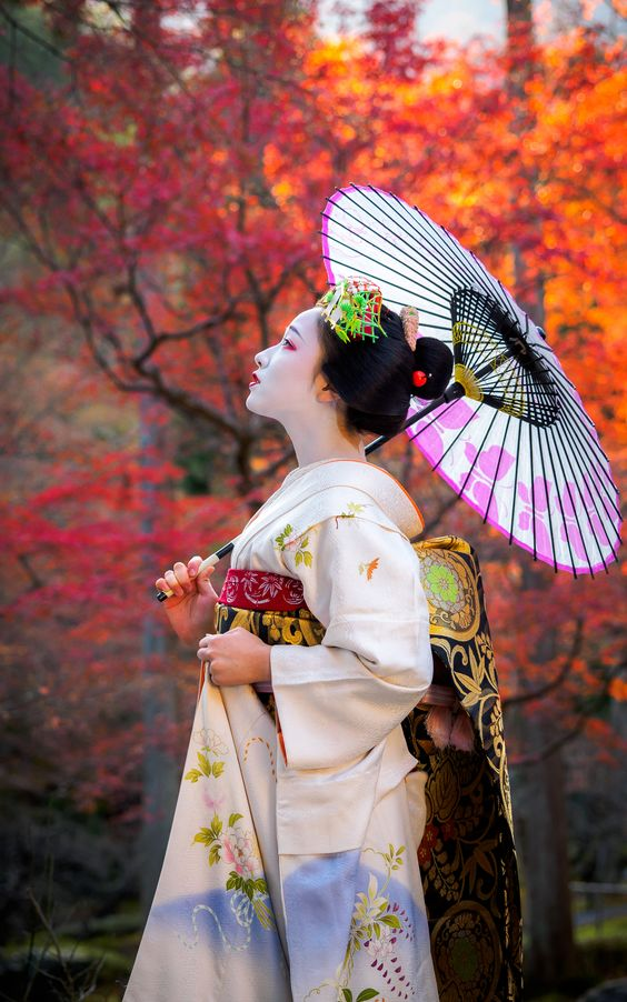 Japanase Traditional Costumes