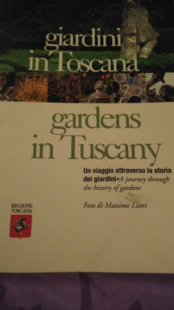 Amazing gardens in Tuscany by Ana Santos